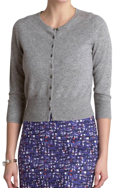 Preload https://img-static.tradesy.com/item/26021306/pure-collection-heathered-gray-cropped-cashmere-cardigan-size-4-s-0-2-650-650.jpg