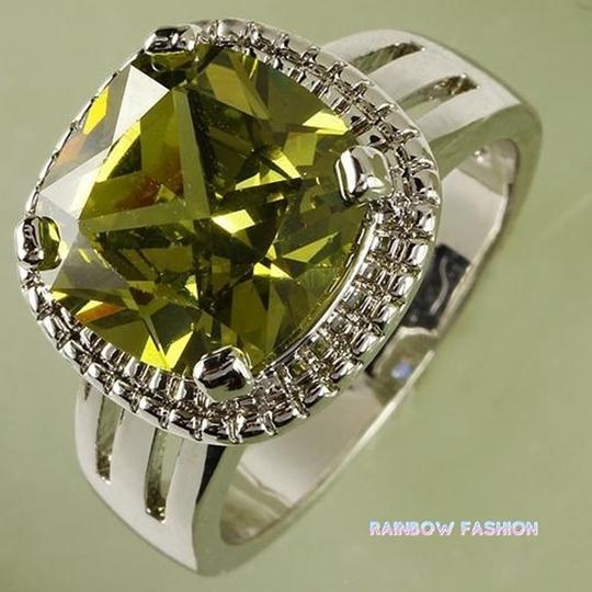 Fashion Jewelry For Everyone Green Emerald Gemstones 18k White Gold Plated Size 9 Ring Image 1