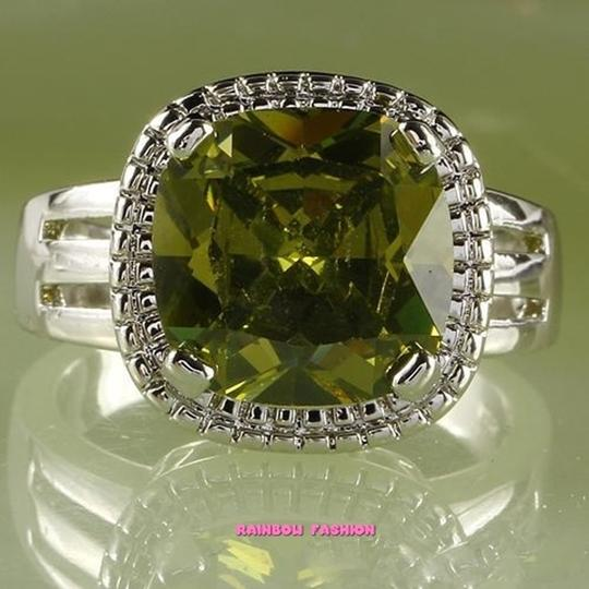 Fashion Jewelry For Everyone Green Emerald Gemstones 18k White Gold Plated Size 9 Ring Image 3
