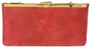 Unknown red Clutch
