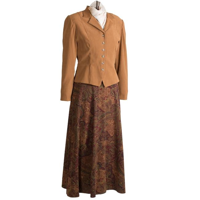 Preload https://item3.tradesy.com/images/dressbarn-autumn-camel-faux-suede-jacket-and-paisley-skirt-suit-size-8-m-26021542-0-0.jpg?width=400&height=650