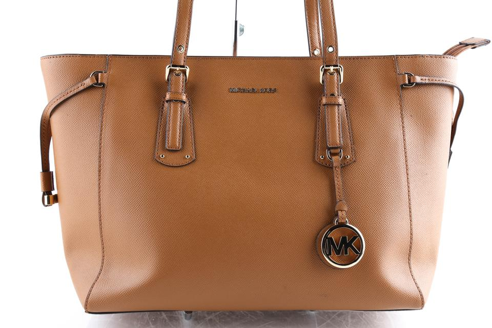 MICHAEL Michael Kors Women's Voyager Brown Saffiano Leather Tote 47% off retail
