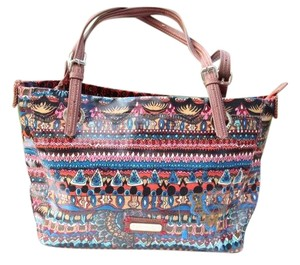 Sakroots Tote in multi colred