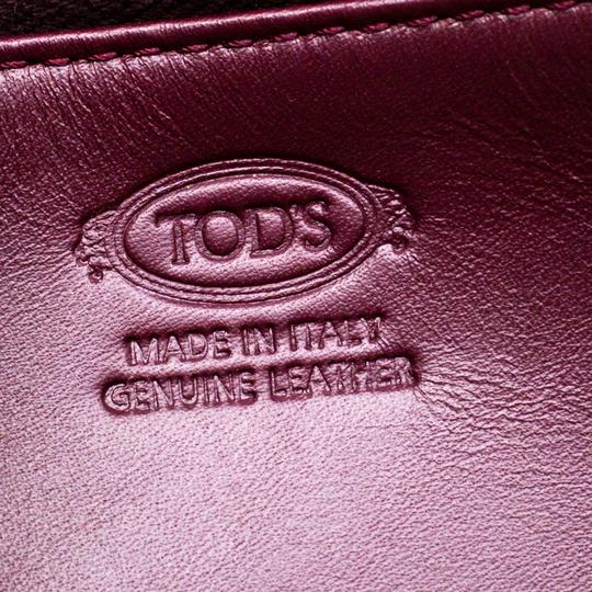Tod's Bordeaux Leather Fox Detail Continental Wallet Image 6