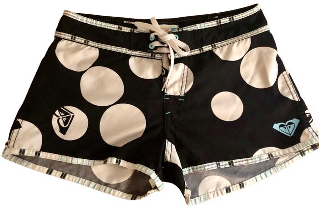 Roxy Black and White Shorts Size 0 (XS, 25) Roxy Black and White Shorts Size 0 (XS, 25) Image 1