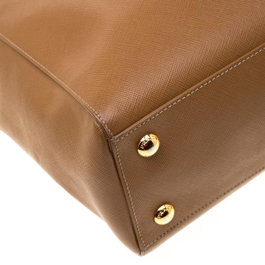 Prada Leather Brown Clutch Image 4