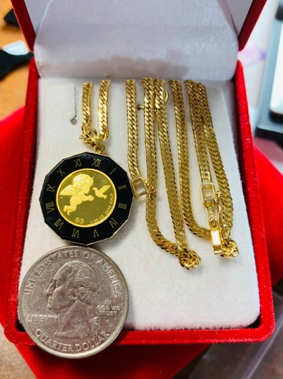 18K Japan Gold Fine Angel/Queen Necklace With 16