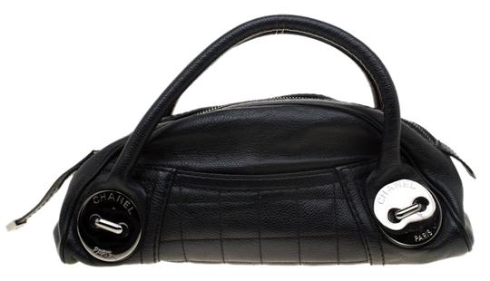Chanel Leather Satchel in Black Image 0