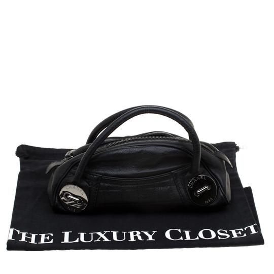 Chanel Leather Satchel in Black Image 8