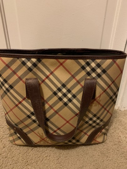Burberry Tote in Chocolate Image 2