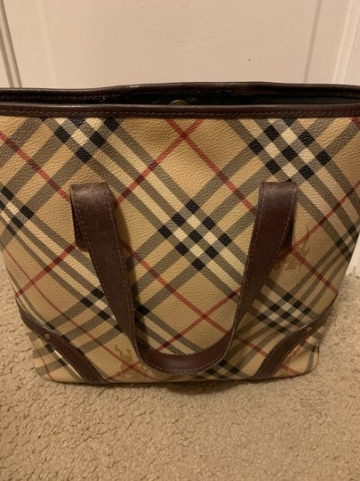 Burberry Tote in Chocolate Image 3