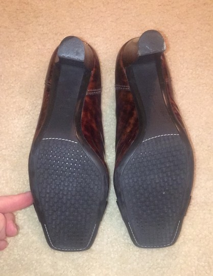 Cole Haan Brown and tan speckled Pumps Image 4