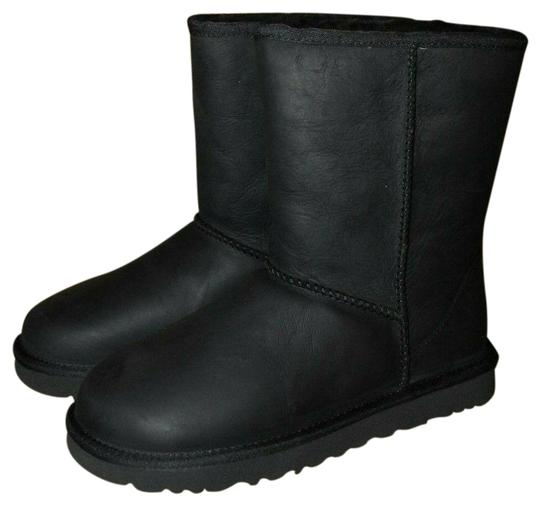 Preload https://img-static.tradesy.com/item/26023095/ugg-australia-black-classic-short-leather-water-resistant-shearling-lined-bootsbooties-size-us-5-reg-0-1-540-540.jpg