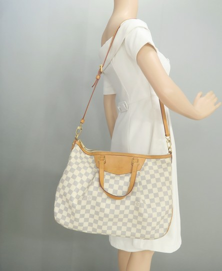 Louis Vuitton Lv Siracusa Azur Canvas Gm Satchel in White Image 11