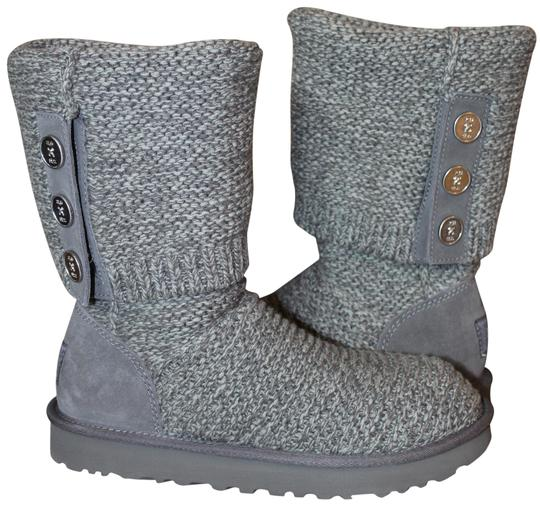 Preload https://img-static.tradesy.com/item/26023297/ugg-australia-gray-purl-sweater-and-suede-bootsbooties-size-us-9-regular-m-b-0-1-540-540.jpg