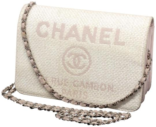 Preload https://img-static.tradesy.com/item/26023465/chanel-wallet-on-chain-deauville-flap-237771-ivory-x-pink-straw-cross-body-bag-0-1-540-540.jpg