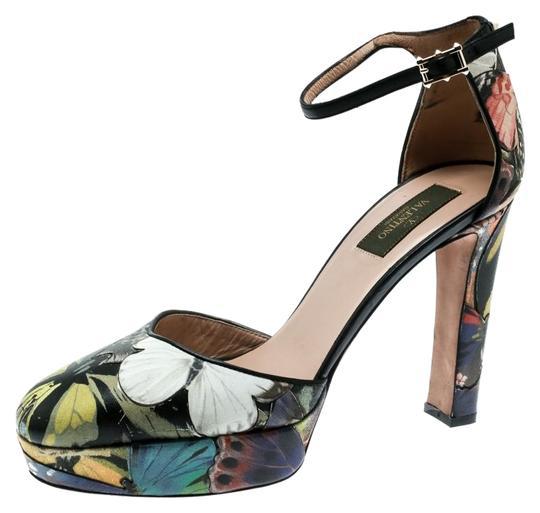 Preload https://img-static.tradesy.com/item/26023515/valentino-multicolor-printed-leather-butterfly-ankle-strap-platform-pumps-sandals-size-eu-39-approx-0-1-540-540.jpg