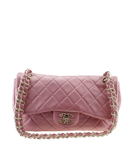 Preload https://img-static.tradesy.com/item/26023653/chanel-a50872-jumbo-precious-jewel-quilted-177181-pink-leather-shoulder-bag-0-0-540-540.jpg