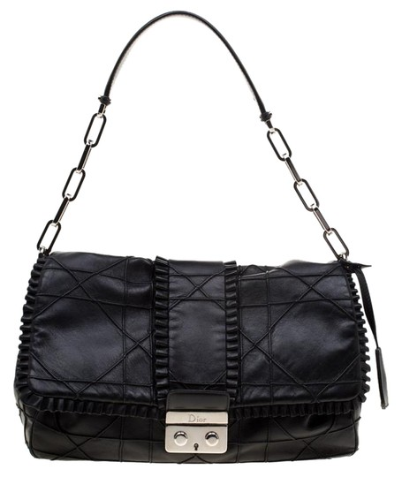 Preload https://img-static.tradesy.com/item/26023750/dior-flap-cannage-ruffle-new-lock-black-leather-shoulder-bag-0-1-540-540.jpg