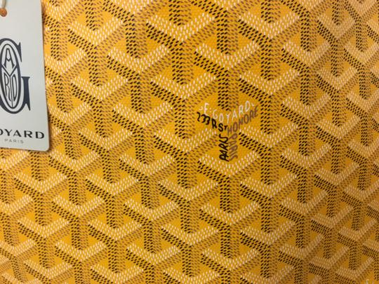 Goyard Saint Louis St Louis Gm Tote in Yellow Image 10