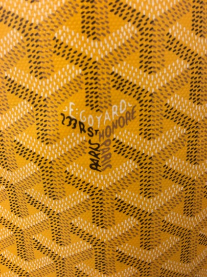 Goyard Saint Louis St Louis Gm Tote in Yellow Image 11