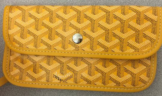 Goyard Saint Louis St Louis Gm Tote in Yellow Image 7