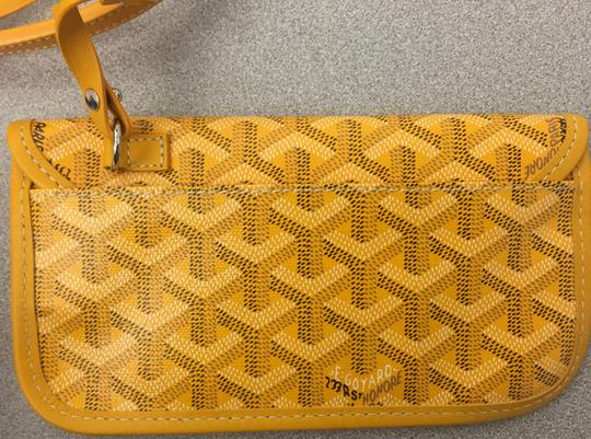 Goyard Saint Louis St Louis Gm Tote in Yellow Image 9