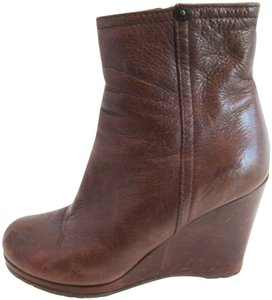 Prada Ankle Ankle Brown Boots
