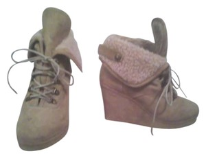 Icing Tan Wedges