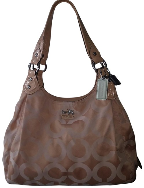Item - Maggie 14305 Madison Op Art Sv/Peach Fabric W/ C's Satchel