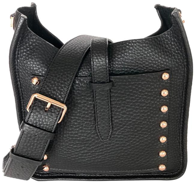 Item - Small Unlined Feed Black Leather Messenger Bag