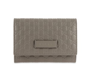 Gucci Microguccissima Leather Snap-Flap
