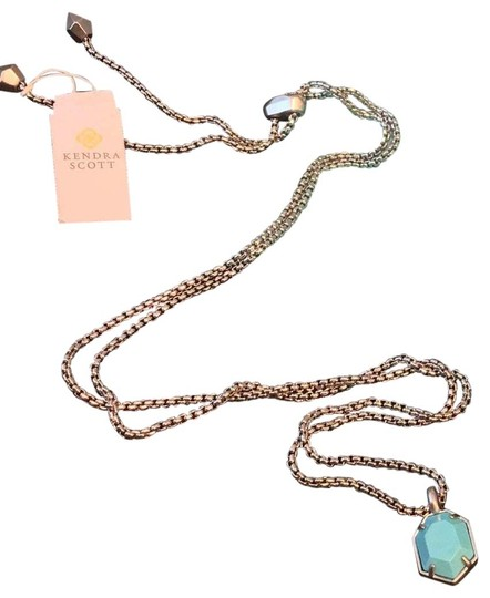 Preload https://img-static.tradesy.com/item/26025615/kendra-scott-silver-cynthia-necklace-0-2-540-540.jpg