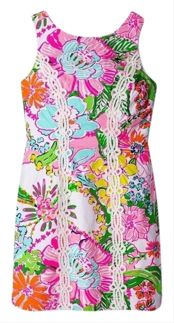 Preload https://img-static.tradesy.com/item/26025651/lilly-pulitzer-for-target-multicolor-nosey-posie-floral-sleeveless-shift-short-casual-dress-size-10-0-1-650-650.jpg