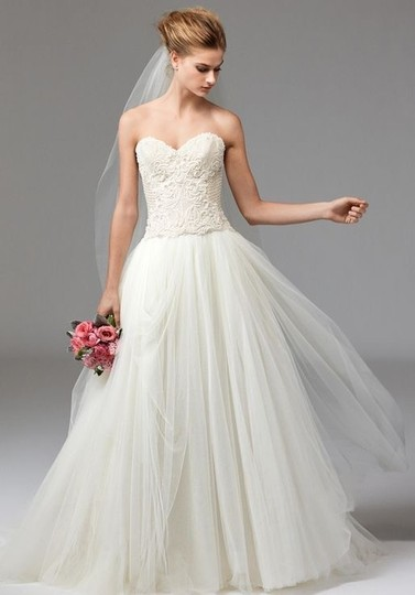 Preload https://img-static.tradesy.com/item/26025806/watters-ivory-ahsan-tulle-skirt-modern-wedding-dress-size-10-m-0-0-540-540.jpg