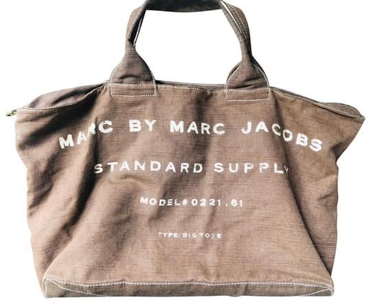 Preload https://img-static.tradesy.com/item/26025850/marc-by-marc-jacobs-standard-supply-classic-tote-ally-like-new-brown-tote-0-1-540-540.jpg