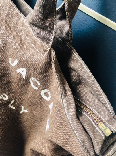 Marc by Marc Jacobs Tote in brown Image 6