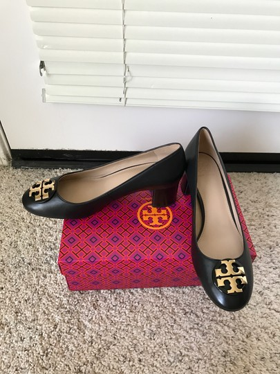Tory Burch Janey Black Pumps Image 1