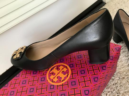 Tory Burch Janey Black Pumps Image 6