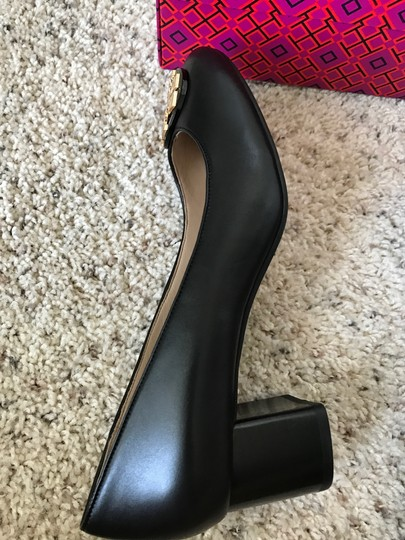 Tory Burch Janey Black Pumps Image 7
