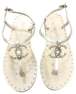 Chanel white with pearls Sandals