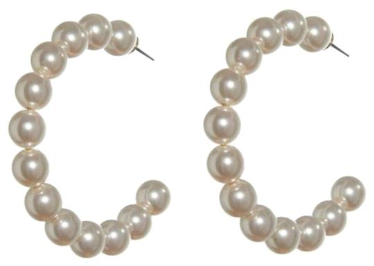 Preload https://img-static.tradesy.com/item/26027586/lele-sadoughi-white-e934-stardust-faux-pearl-hoop-new-style-earrings-0-1-540-540.jpg