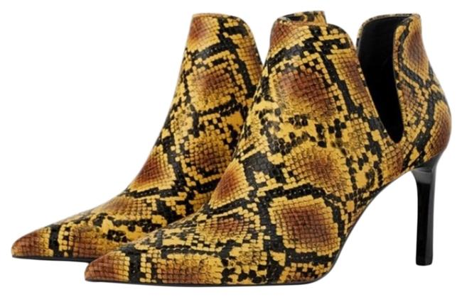 Item - Yellow Snakeskin Print Cut Out Ankle Boots/Booties Size US 6 Regular (M, B)