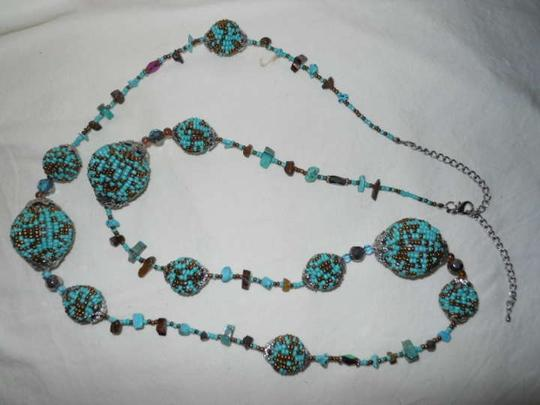 Unknown Turquoise & Bronze beaded ball necklace
