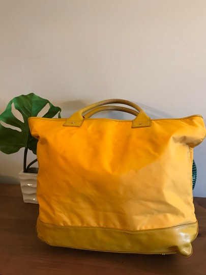 Tory Burch Extra Large Travel Work Value Tote in Yellow Image 1