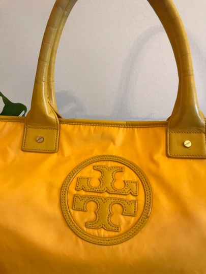 Tory Burch Extra Large Travel Work Value Tote in Yellow Image 2