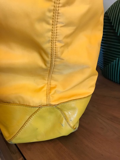 Tory Burch Extra Large Travel Work Value Tote in Yellow Image 7