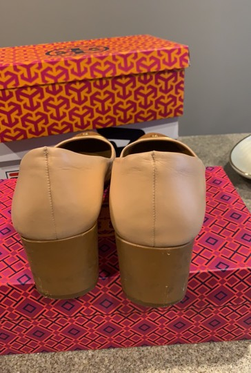 Tory Burch pink shell tan gold leather Pumps Image 5