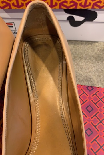 Tory Burch pink shell tan gold leather Pumps Image 6