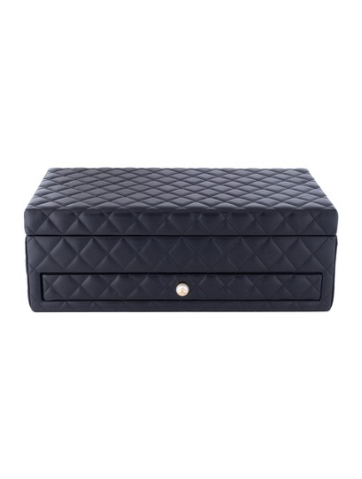 Chanel Jewelry Box Vanity Case Lambskin Leather Quilted Leather Black Clutch Image 4